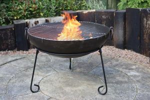 Gardeco Kadai Real Steel Fire Pit with BBQ Grill Large 70cm